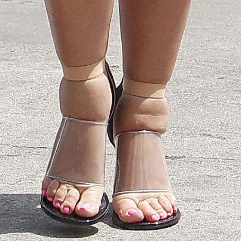 Y zapatos que realmente la lastimaban Foto:The Grosby Group