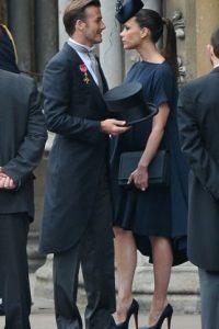 En 2004, los medios británicos reportaron que David Beckham había engañado a su Victoria con su asistente personal, Rebecca Loos. Foto:Getty Images