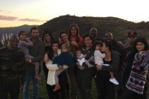 Aquí una foto de todos los miembros de la familia Kardashian-Jenner Foto:vía instagram.com/kyliejenner