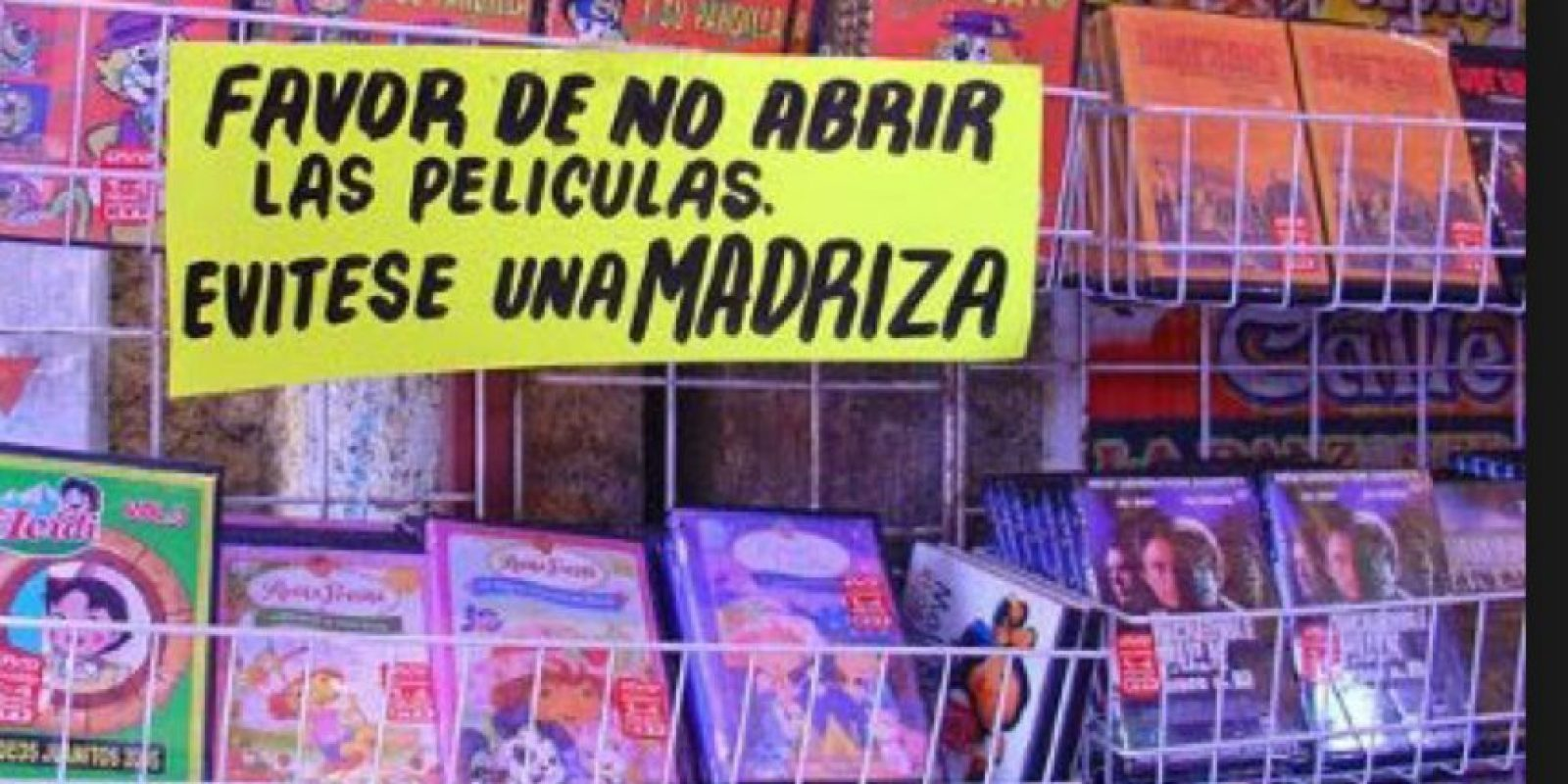 Para poner un anuncio así es que definitivamente hubo una bola de incautos que adoraba probar el producto sin comprarlo. Foto:vía Naquisimo.com