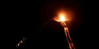 Erupción del volcán Momotombo, en Nicaragua. Foto:AFP