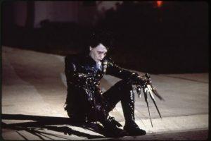 5. Pegg Boggs, la mujer que lleva a Edward a su hogar, se basa en la madre del guionista, quien solía llevar a extraños a su casa. Foto:20th Century Fox