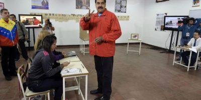En aquel 2013, los venezolanos acudieron a las urnas un mes y dos semanas después de la muerte de Hugo Chávez. Nicolás Maduro ganó con el 50.61% de los votos (siete millones 587 mil 532) Foto:AFP