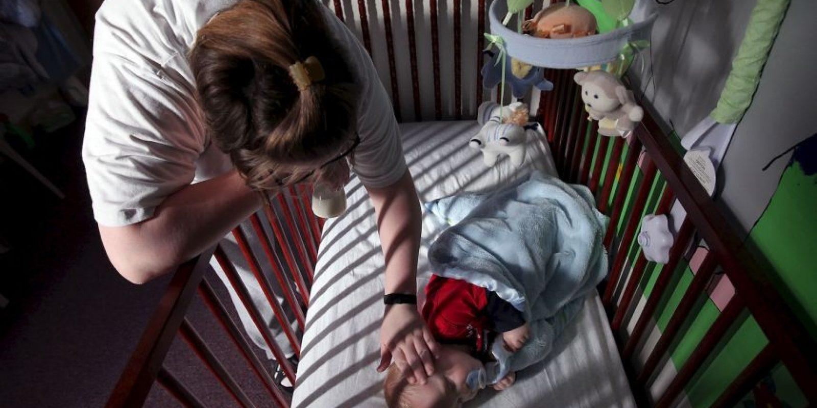 Manchas en la piel, diarrea, llanto excesivo, fiebre, sección excesiva, reflejos hiperactivos, aumento de tono muscular. Foto:Getty Images