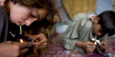 El síndrome de abstinencia neonatal se produce porque una mujer embarazada toma medicamentos opiáceos o narcóticos como la heroína, la codeína, la oxicodona (Oxycontin), la metadona o la buprenorfina. Foto:Getty Images