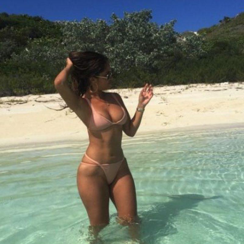 Le gusta pasar sus vacaciones en playas privadas. Foto:vía instagram.com/jessicaburciaga