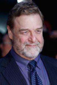 Sorprendió en el estreno de su nueva película. Foto:vía Getty Images