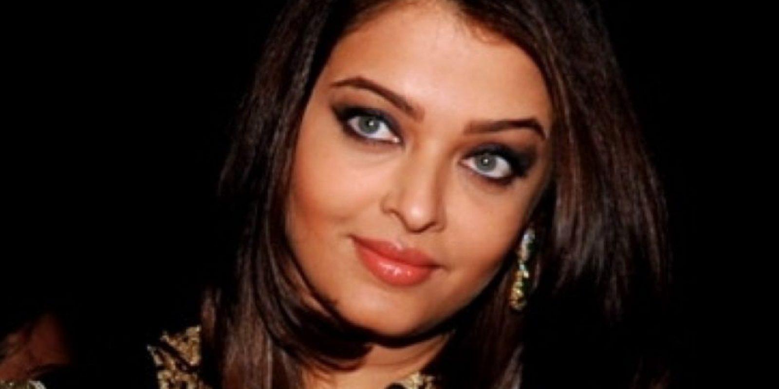 Se casó con Abischek Bachchan, actor e hijo del legendario actor de Bollywood Amitabh Bachcchan. Foto:vía Getty Images