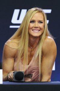 Durante su carrera como boxeadora logró ser campeona del mundo en tres pesos diferentes. Foto:Getty Images