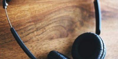 6. Es aconsejable hacer breves descansos auditivos. Cuando vaya a un club nocturno, discoteca, bar, pub, evento deportivo u otro lugar ruidoso, haga breves descansos auditivos para reducir la duración total de la exposición al ruido. Foto:vía Tumblr.com