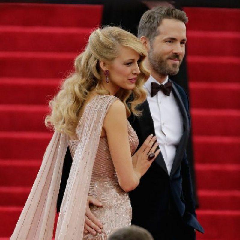 Blake Lively recibió una perla ovalada de 2.2 quilates por parte de Ryan Reynolds. Foto:Getty Images