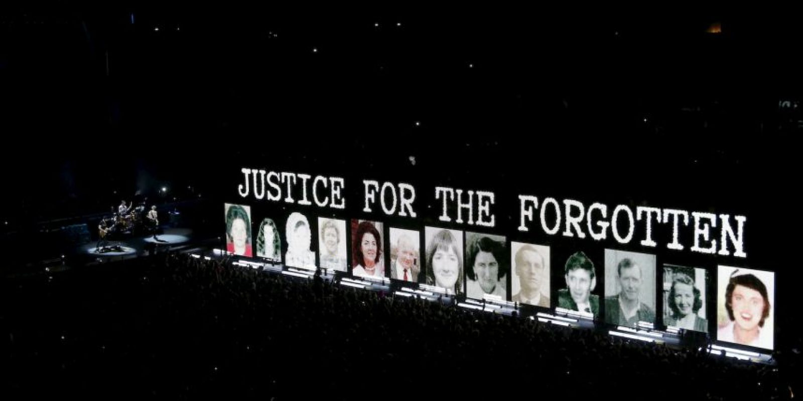 Concierto de U2 en París. Foto:AFP