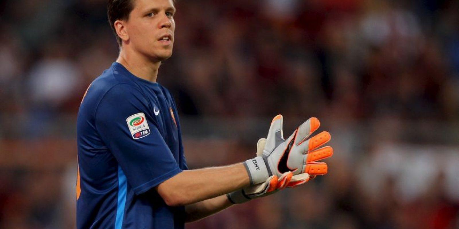 Comenzó a jugar fútbol en el club local Agrykola Warszawa, luego pasó al Legia de Varsovia, pero nunca llegó al primer equipo. Foto:Getty Images