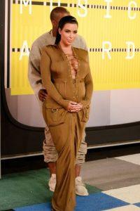 """Kim Kardashian como """"El Pingüino"""" en los VMA'S. Foto:vía Getty Images"""