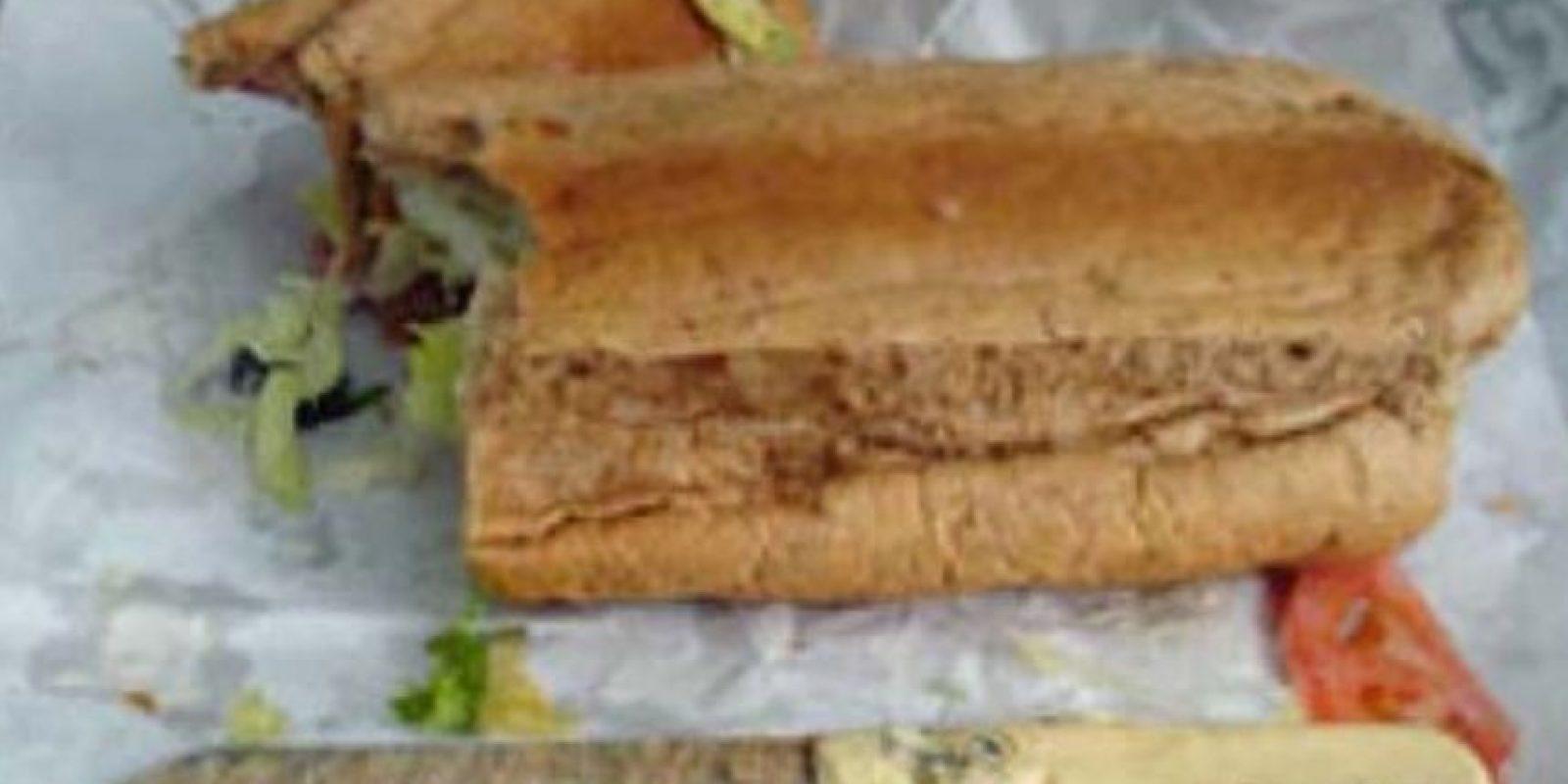 Cuchillo en el sandwich. Foto:vía EpicFail