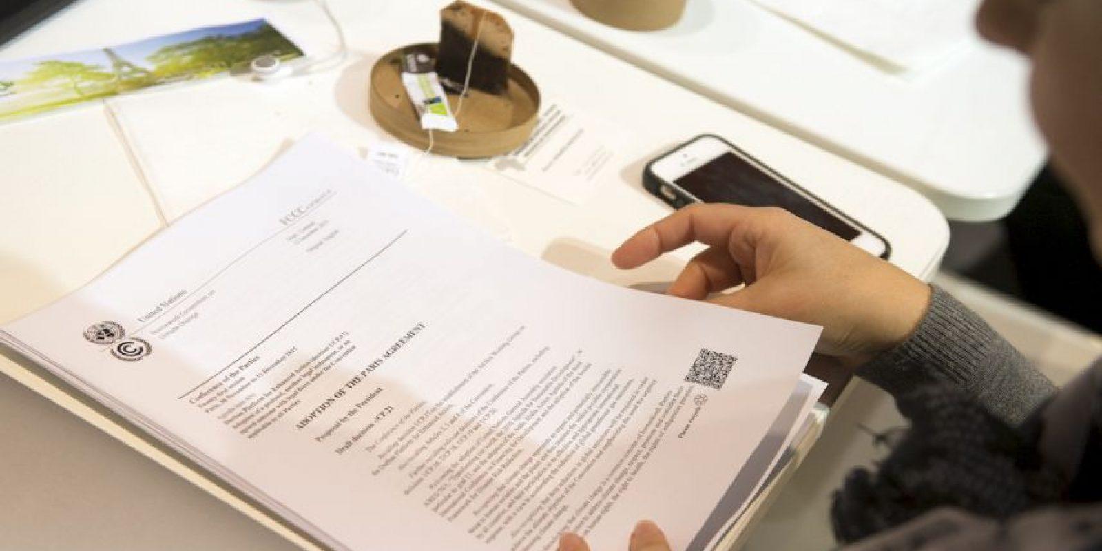 También se indicó que ahora los gobiernos deberán revisar sus objetivos a corto plazo para cumplir con el acuerdo. Foto:AFP