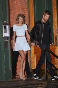 1. El anillo de compromiso que Calvin Harris le compró a Taylor Swift valuado en 1.4 millones de dólares, mismo que le entregará a fin de año. Foto:Grosby Group