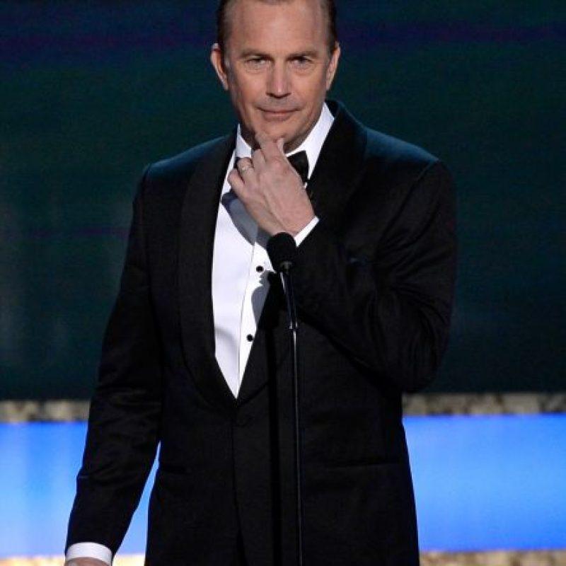Kevin Costner tiene 60 años y ha vuelto al cine. Como si nada. Foto:vía Getty Images
