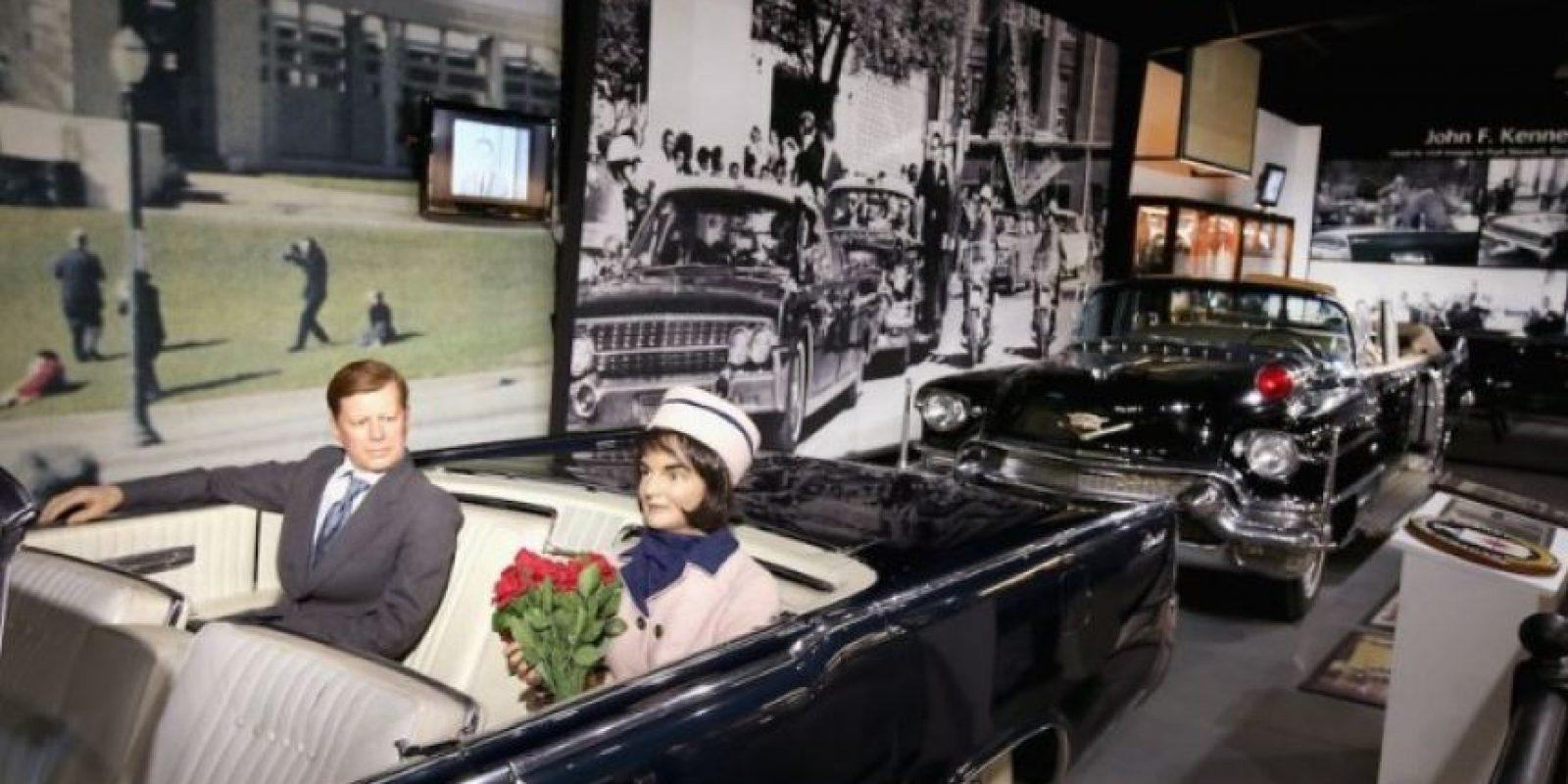 """""""Famous Deaths"""" es el nombre de una innovadora exposición que pretende reconstruir las muertes de celebridades como: Whitney Houston, John F. Kennedy y la princesa Diana, con solo olores y sonidos. Foto:Famousdeaths.nl"""