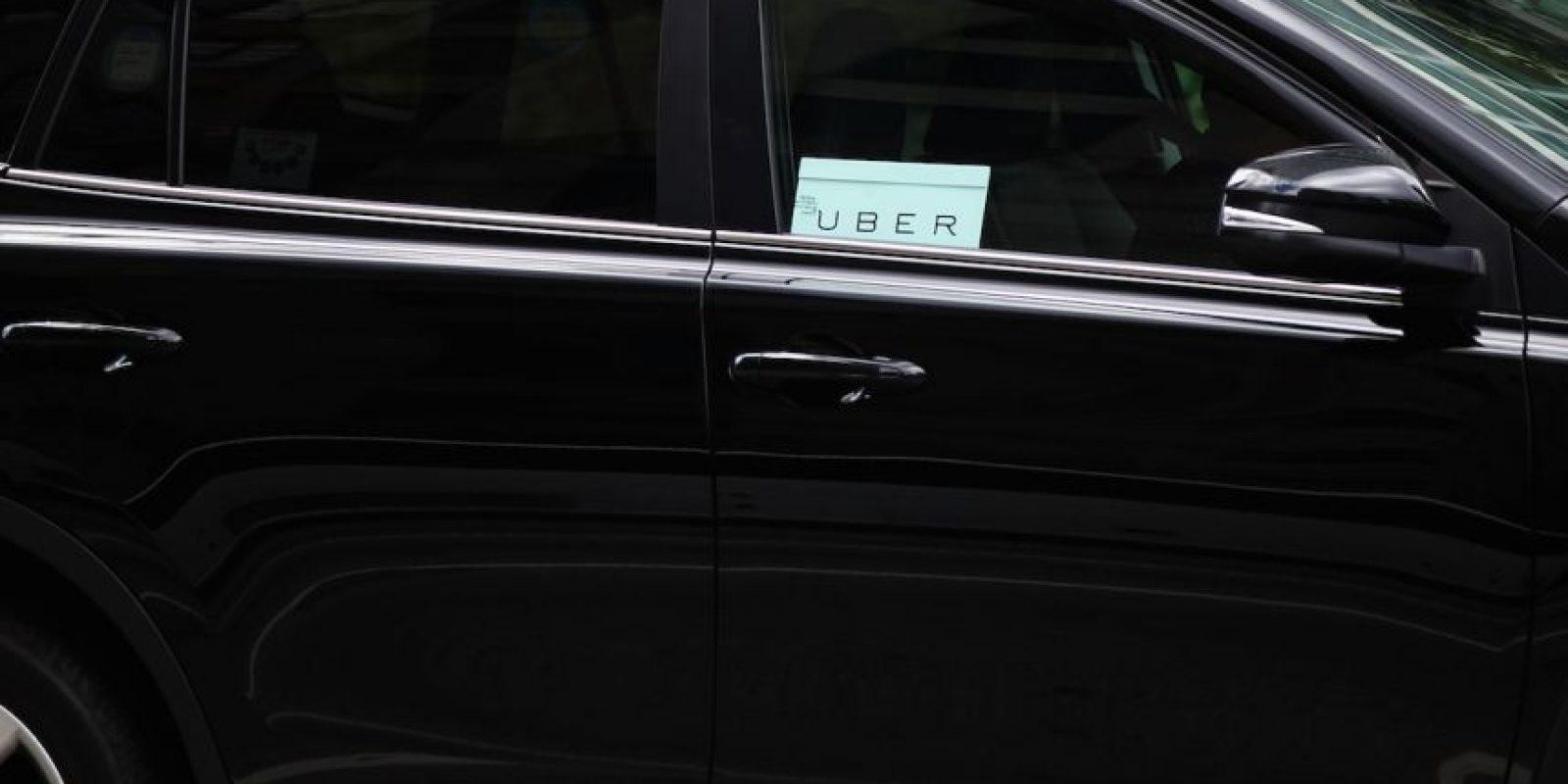 8- La tarifa de Uber se cobra de la siguiente manera: Tarifa base + minutos en el auto + kilómetros recorridos. Además, cada tipo de auto tiene una tarifa mínima y una tarifa de cancelación. Foto:Getty Images