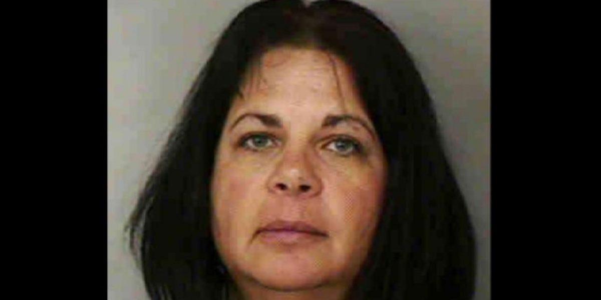 Encuentran sin vida a maestra acusada de abusar de menor