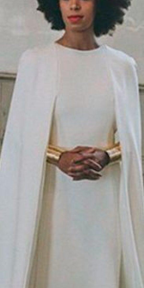 Kenzo se inspiró en la princesa Leia para vestir a Solange. También marcas como Givenchy y Mara Hoffman han hecho lo propio con su vestido. Foto:vía Instagram
