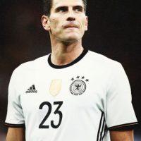 Actualmente milita en el Besiktas y es definitivamente, el consentido de las seguidoras de la Selección Alemana. Foto:Tumblr