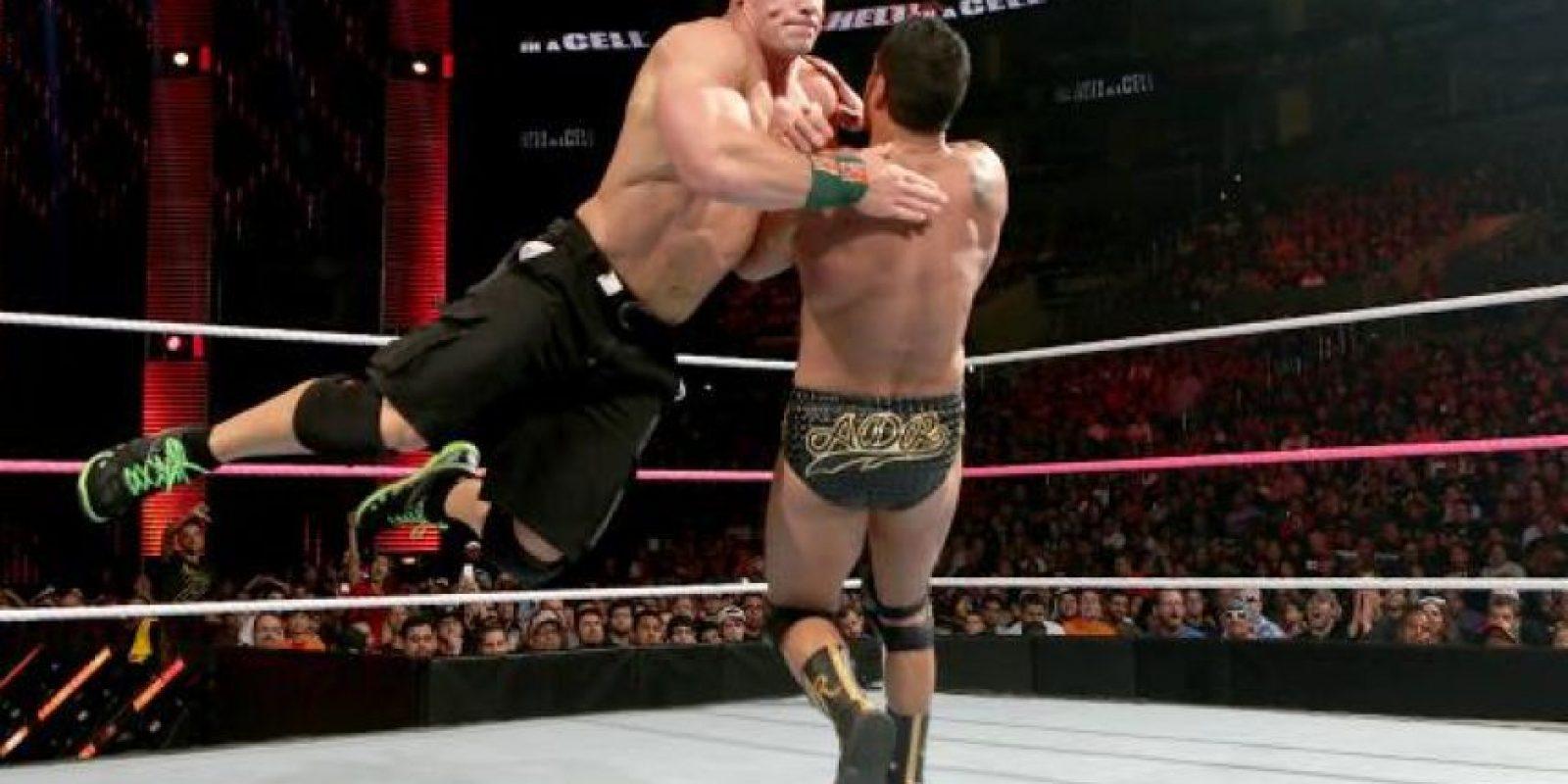 Y en tres ocasiones ganó el Campeonato Mundial de Peso Pesado Foto:WWE