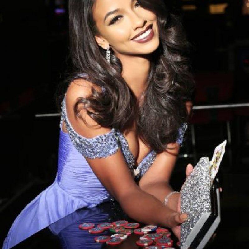 Flora Coquerel es Miss Francia Foto:vía facebook.com/MissUniverse