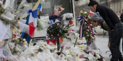 La banda visitó el lugar luego de que se presentara en París junto a la banda U2. Foto:AFP
