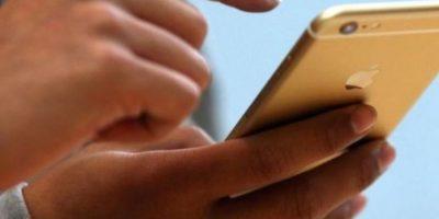 """Apple dijo que """"en un pequeño porcentaje de los dispositivos iPhone 6 Plus, la cámara iSight tiene un componente que puede fallar causando que sus fotos se vean borrosas"""". Foto:vía Pinterest.com"""