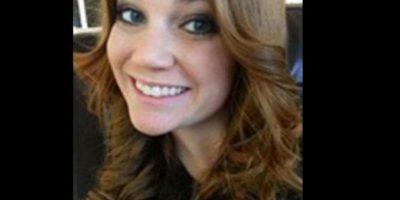 Virginia Houston Hinckley fue arrestada por tener relaciones con un alumno de 16. Foto:Facebook- Archivo