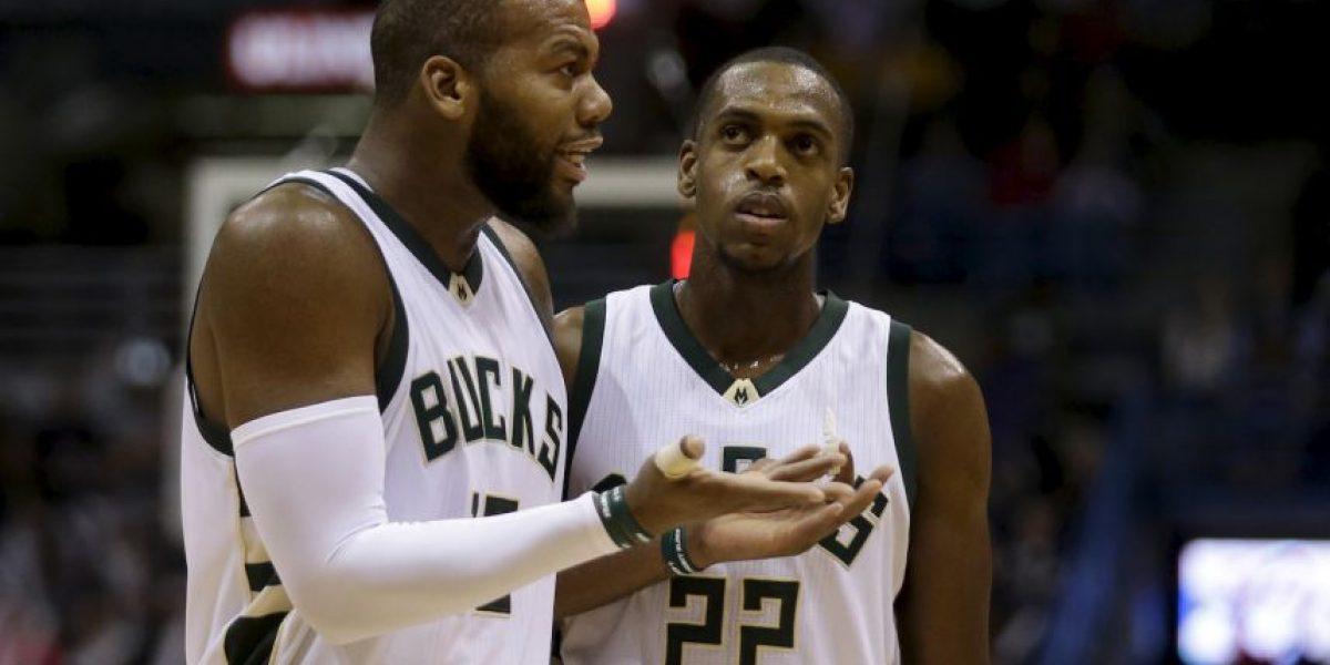 Equipo de la NBA es captado en una visita a un table dance