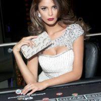 Laura Spoya es Miss Perú Foto:vía facebook.com/MissUniverse