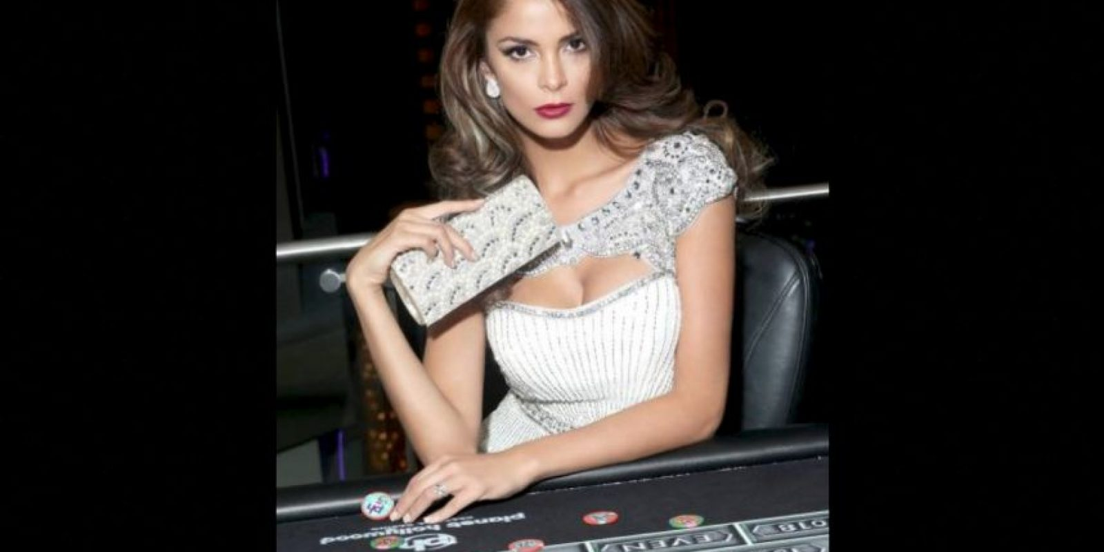 Laura Spoya es Miss Perú Foto:Facebook.com/MissUniverse