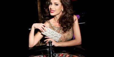 Paola Nunez es Miss Canadá Foto:Facebook.com/MissUniverse