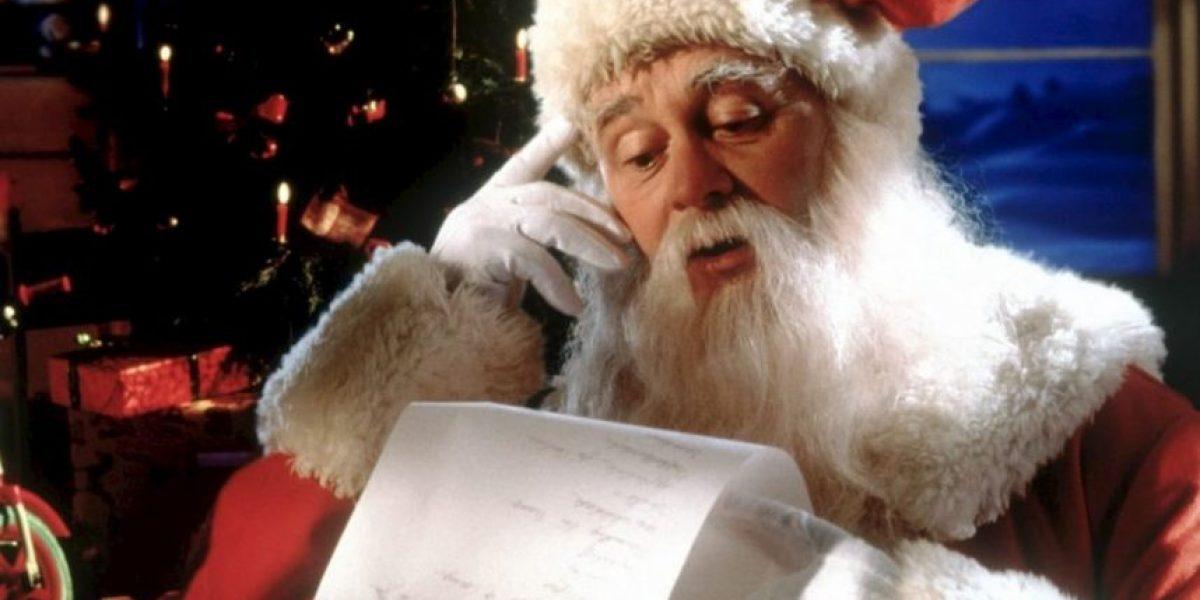 Se enteró que Santa Claus no llegará más a su hogar y dejó dedo de enmedio en carta