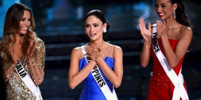 En el final de la ceremonia de Miss Universo 2015, el presentador Steve Harvey leyó la lista de ganadoras. Foto:Getty Images