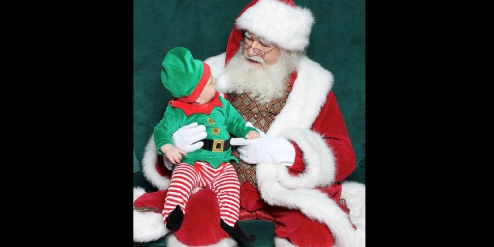 La empresa se encarga de preparar lo mejor posible a estos Santas, con el objetivo de dar la mejor experiencia a los niños. Foto:Vía facebook.com/noerrprograms