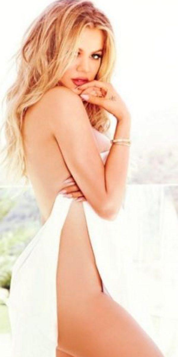 Khloé Kardashian confesó que la culpable de su desnudo había sido Kendall Jenner Foto:Instagram/khloekardashian