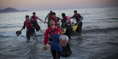 De acuerdo a datos brindados por la Eurostat, de enero a junio más de 670 mil personas viajaron desde países de Medio Oriente y el norte de África, buscando una mejor opción de vida en el viejo mundo. Foto:Getty Images