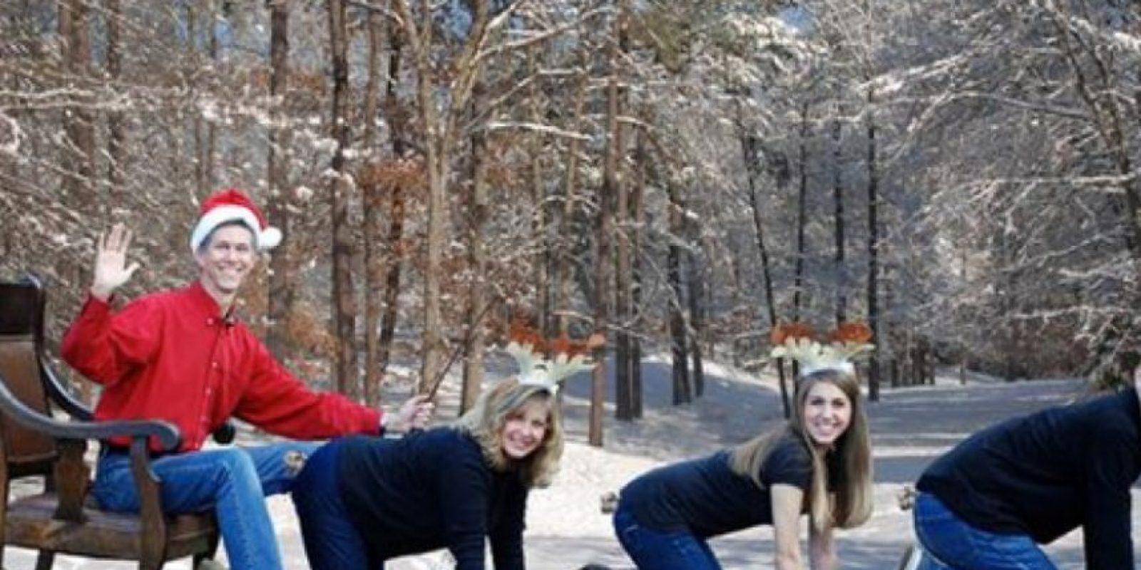 ¿Quién es el reno Rudolf? Foto:Awkward Family Photos