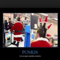 ¿Punk navideño y en el supermercado? Foto:Tumblr.com/Tagged-Navidad-memes