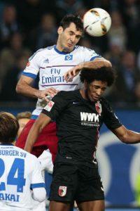 El hombre del Hamburgo se caracteriza por su rudeza para jugar Foto:Getty Images