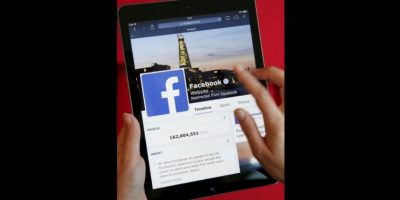 Recientemente, se publicó que Mark Zuckerberg, fundador de Facebook, regalaría dinero a los que compartieran un mensaje en su muro. Foto:Getty Images