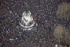 El cual provocó la salida a las calles de miles de personas Foto:AFP