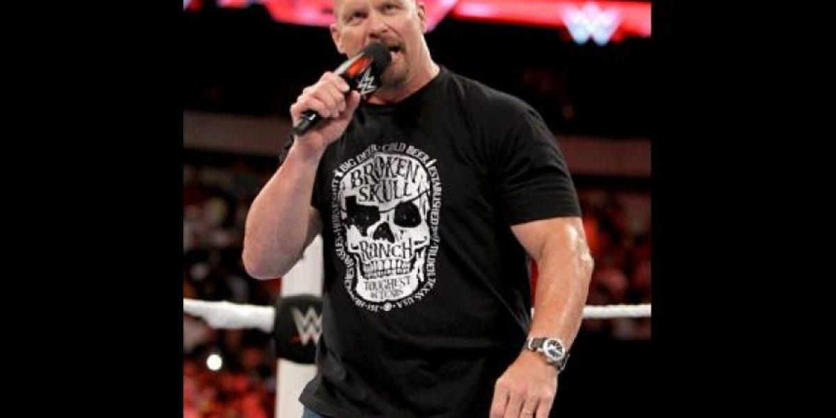Stone Cold critica al Campeón Mundial de Peso Pesado de WWE