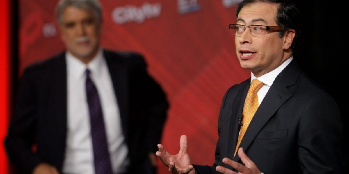 Petro critica a Peñalosa por privatización de la ETB