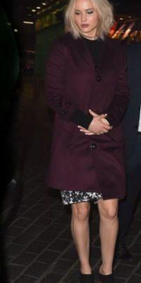 Lawrence encajaba en mostrar otra faceta de la marca, que ha consentido a actrices como Natalie Portman y Nicole Kidman. Foto:vía Getty Images