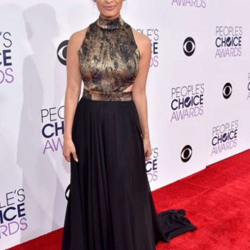 El problema del vestido de Rocsi Diaz es el contraste tan burdo de materiales. Foto:vía Getty Images